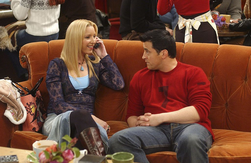 Lisa Kudrow as Phoebe Buffay, Matt LeBlanc as Joey Tribbiani on 'Friends'