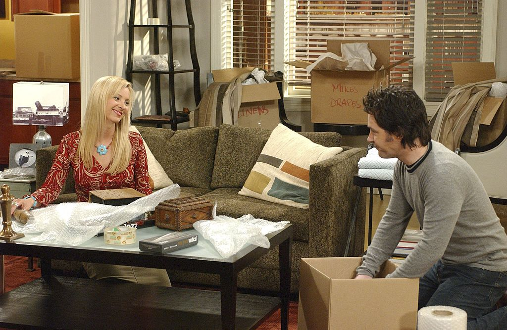 Lisa Kudrow as Phoebe Buffay, Paul Rudd as Mike Hannigan on 'Friends'