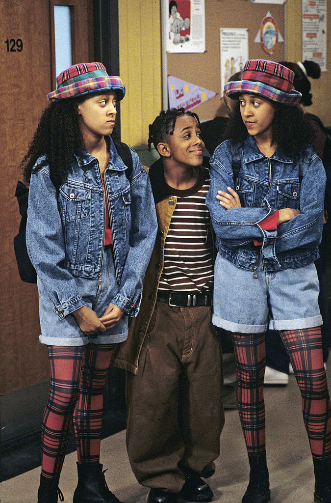 Tia and Tamera Mowry and Marques Houston in 'Sister, Sister'