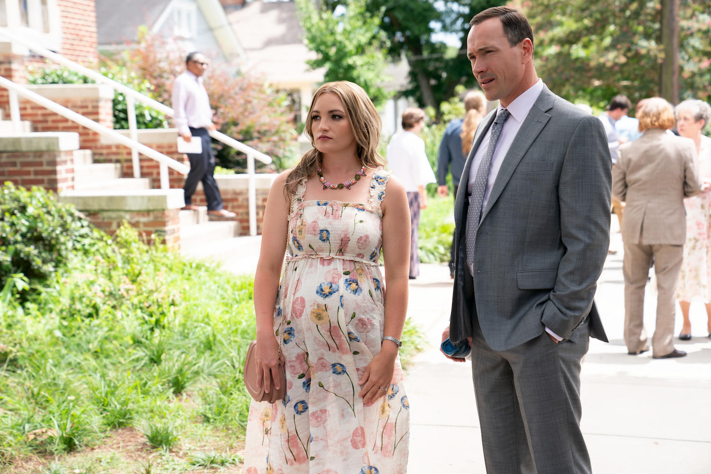 Pregnant Jamie Lynn Spear standing next to Chris Klein in Sweet Magnolias