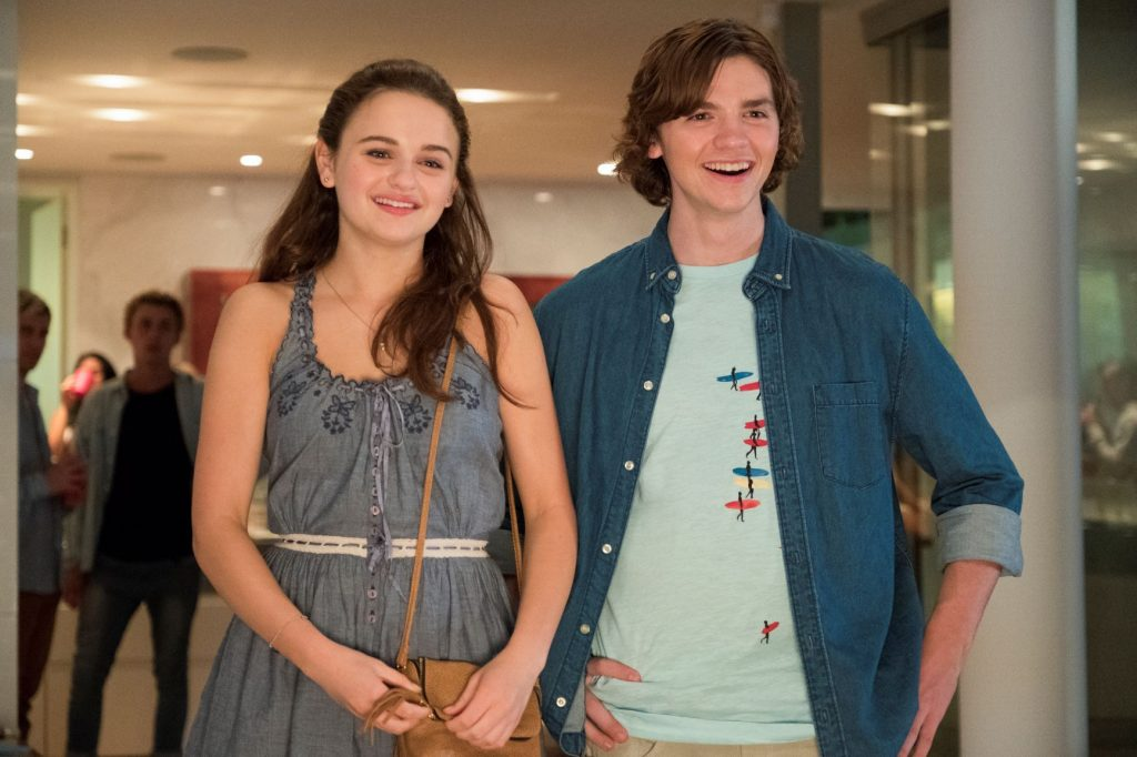 Joey King and Joel Courtney in 'The Kissing Booth'