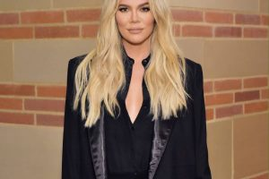 Khloé Kardashian Responds to Follower Who Asks Why She 'Looks So Different' in New Instagram Selfie: 'My Weekly Face Transplant Clearly'