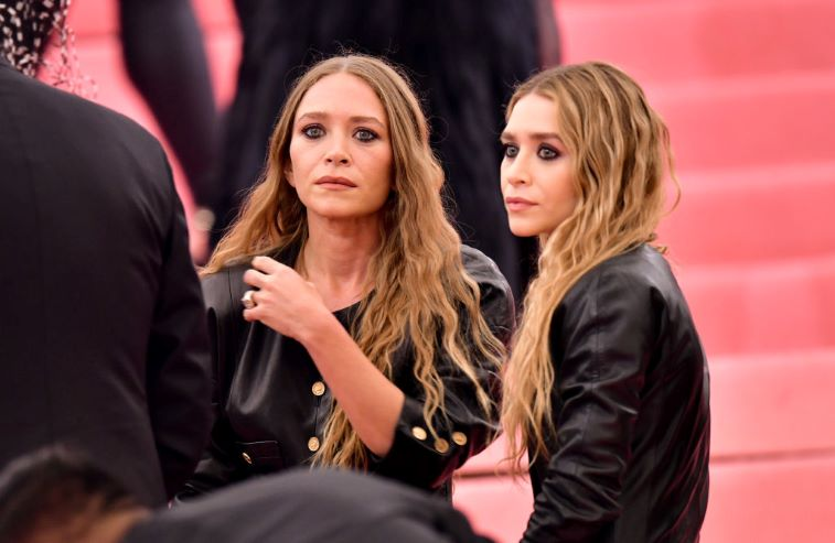Mary Kate And Ashley Olsen Rarely Do Interviews They Re Paranoid