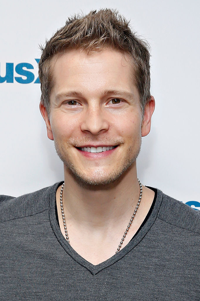 Matt Czuchry visits the SiriusXM Studios on November 24, 2014 in New York City