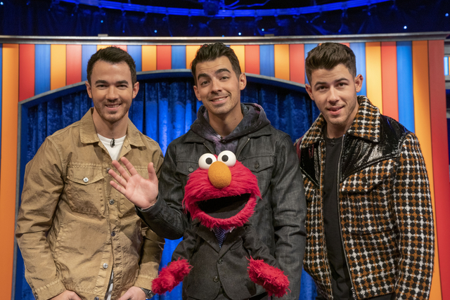 Not Too Late Show with Elmo and The Jonas Brothers