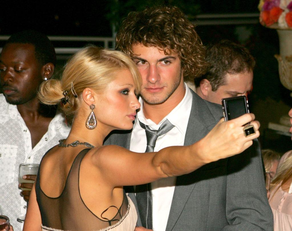 Paris Hilton and Stavros Niarchos take a selfie