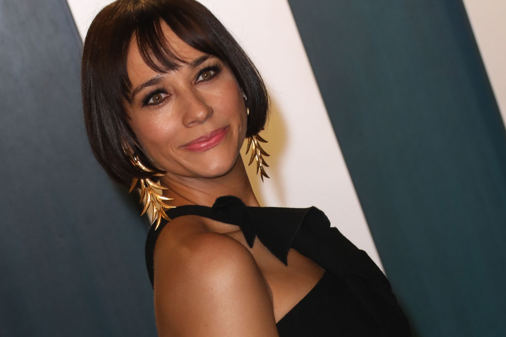 Rashida Jones attends the 2020 Vanity Fair Oscar Party