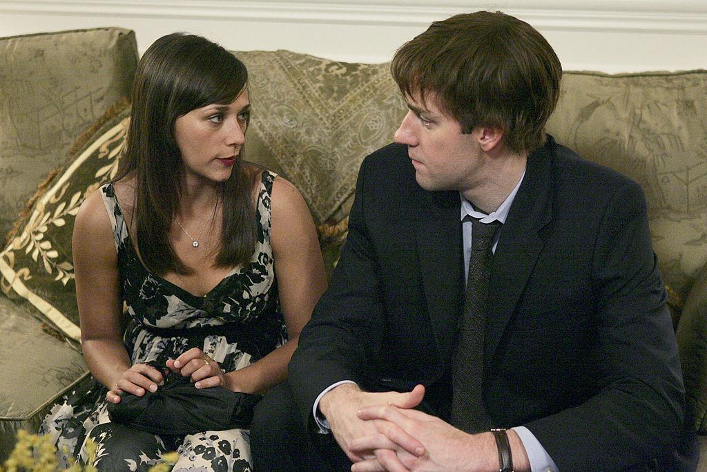 Rashida Jones as Karen Filippelli and John Krasinski as Jim Halpert on 'The Office' in the 'Cocktails' episode.