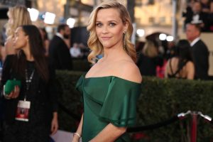 Reese Witherspoon's Green Smoothie Recipe Explains Why She Hasn't Aged Since 'Legally Blonde'