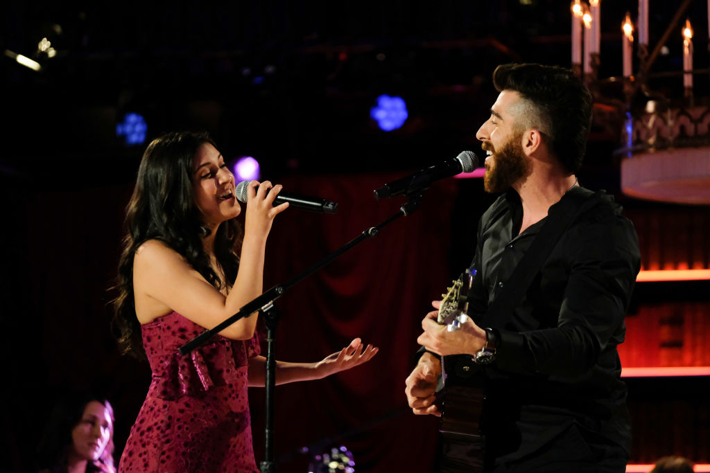 Rudi and Matt on 'The Bachelor: Listen to Your Heart' Week 5 on May 11 singing