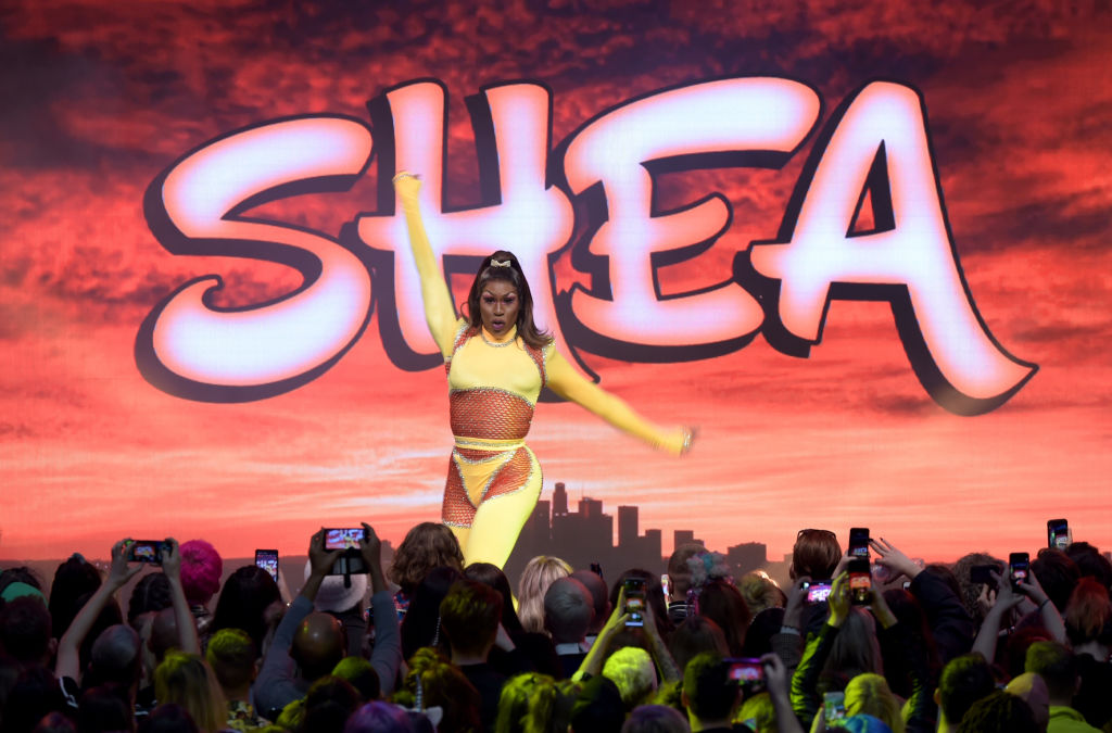 Shea Couleé performs at RuPaul's DragCon UK