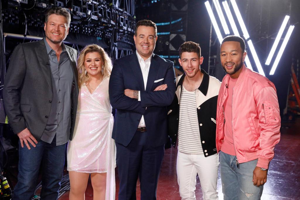 Blake Shelton, Kelly Clarkson, Carson Daly, Nick Jonas, John Legend on 'The Voice'