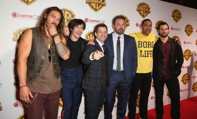 Director Zack Snyder and the cast of 'Justice League'