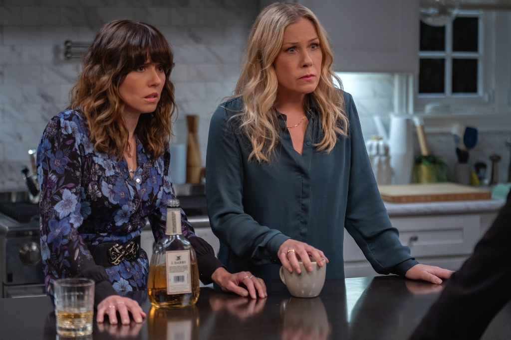 'Dead to Me' Season 2 with Linda Cardellini and Christinia Applegate