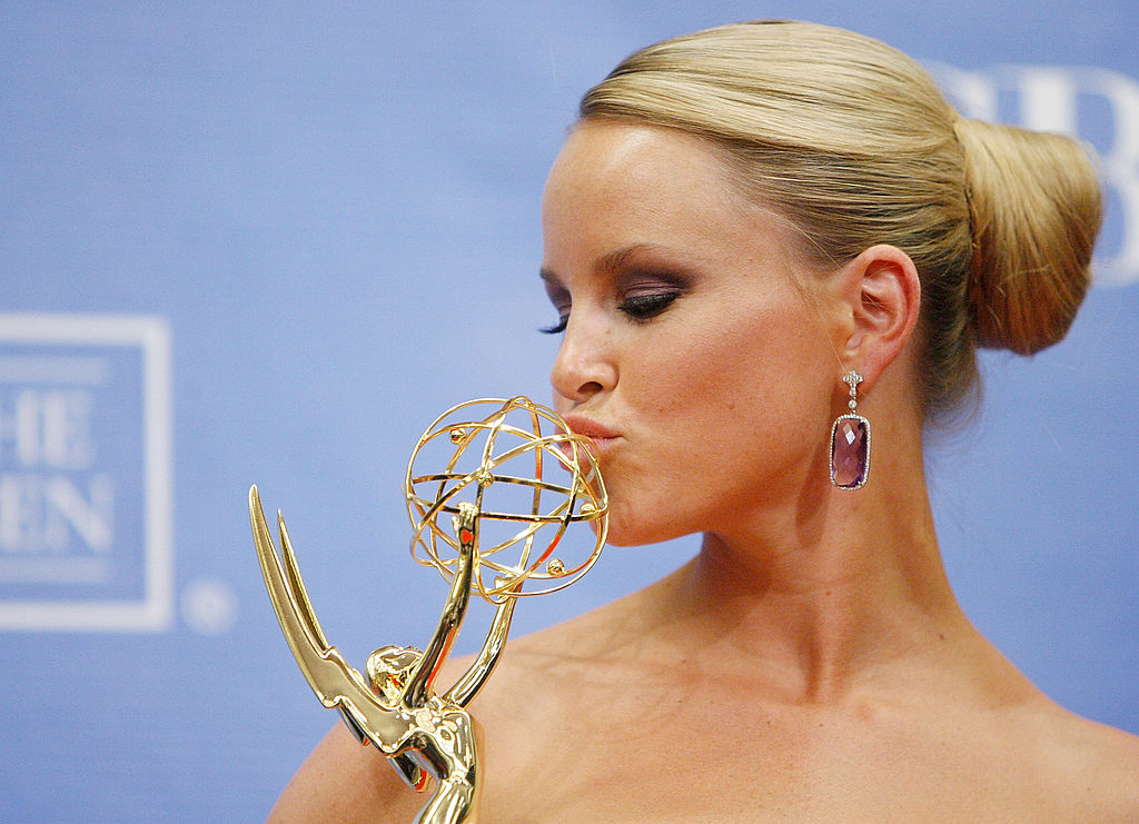 Julie Berman poses with her Daytime Emmy award