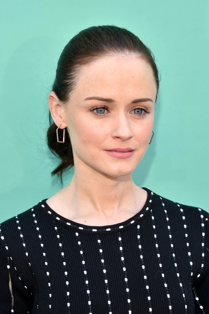 Alexis Bledel attends the Hulu Upfront 2018 Brunch at La Sirena on May 2, 2018