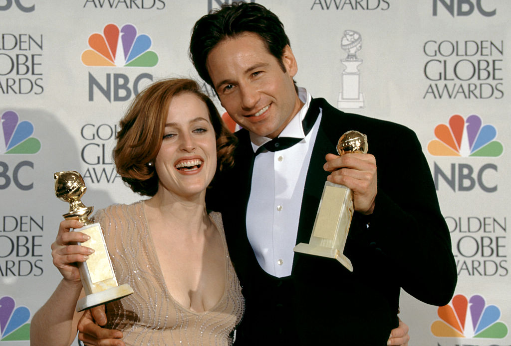 Gillian Anderson and David Duchovny on 'The X-Files