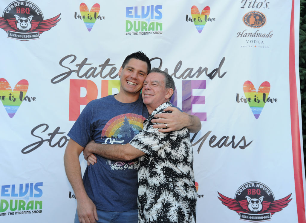 Elvis Duran and Alex Carr