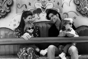 From 'Full House' to 'Modern Family' Here Are a Few Series' With Disney World and Disneyland-Related Episodes