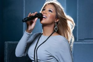 Toni Braxton Wants to Do 'Verzuz' — But Only With Mariah Carey or Mary J. Blige