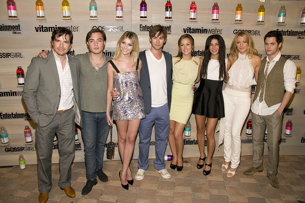 "Matthew Settle, Ed Westwick, Taylor Momsen, Chace Crawford, Leighton Meestor, Jessica Szhor, Blake Lively and Penn Badgley attend the Hamptons bash hosted by Vitaminwater at the EMM Group Estate for the CW network's ""Gossip Girl"" premiering September first on August 16, 2008 in Sag Harbor, New York."
