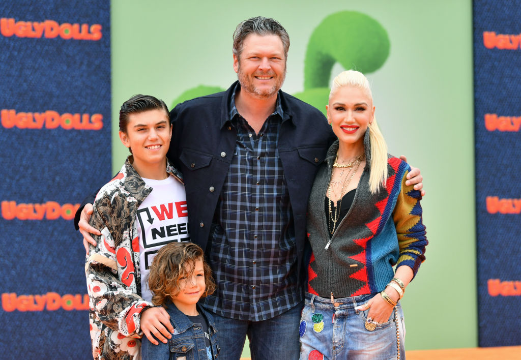 Kingston Rossdale, Apollo Bowie Flynn Rossdale, Blake Shelton, and Gwen Stefani