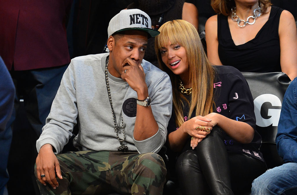 Jay-Z at a Nets game with his wife Beyoncé