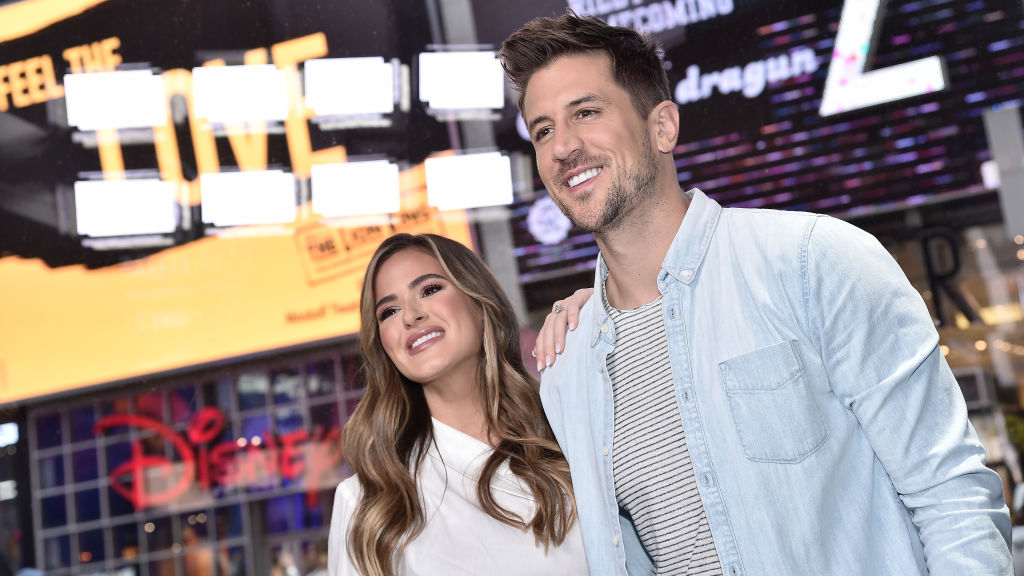 """'The Bachelorette' stars JoJo Fletcher and Jordan Rodgers visit """"Extra"""" filmed live at the Levi's Store Times Square on October 30, 2019 in New York City."""