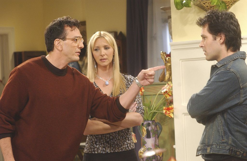 Lisa Kudrow on the set of Friends | Danny Feld/NBCU Photo Bank