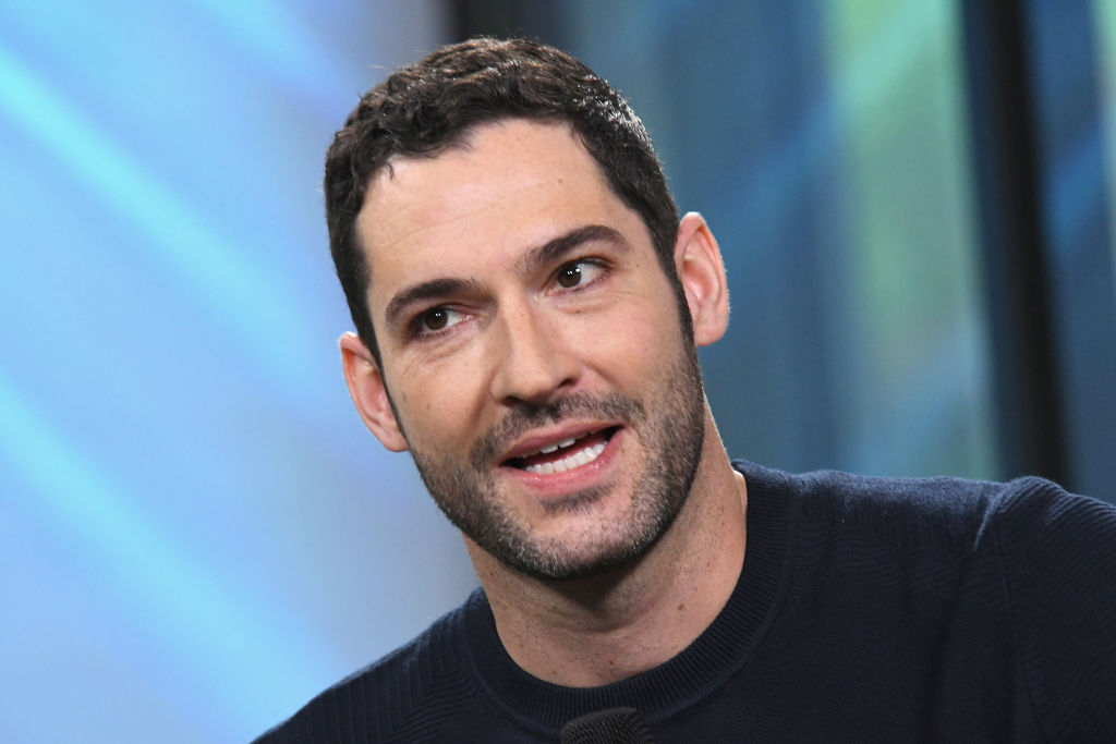 Lucifer Star Tom Ellis Confessed Why He Likes To Re Watch Friends Episodes