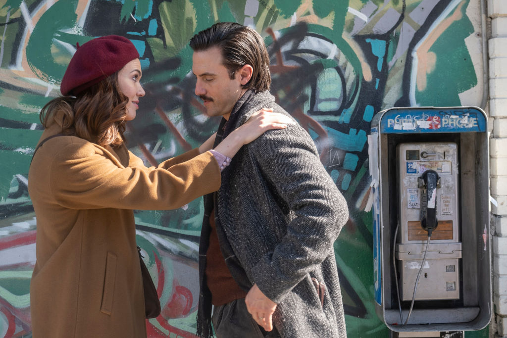 Mandy Moore as Rebecca and Milo Ventimiglia as Jack on  This Is Us - Season 4