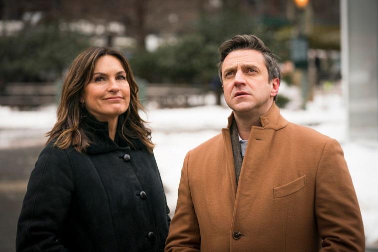 Mariska Hargitay and Raúl Esparza
