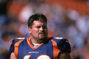 Mark Schlereth Went From NFL Lineman to Acting in a Soap Opera
