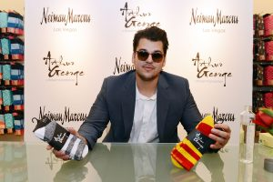 Rob Kardashian Fans Are Drooling Over Him After Seeing These Pictures