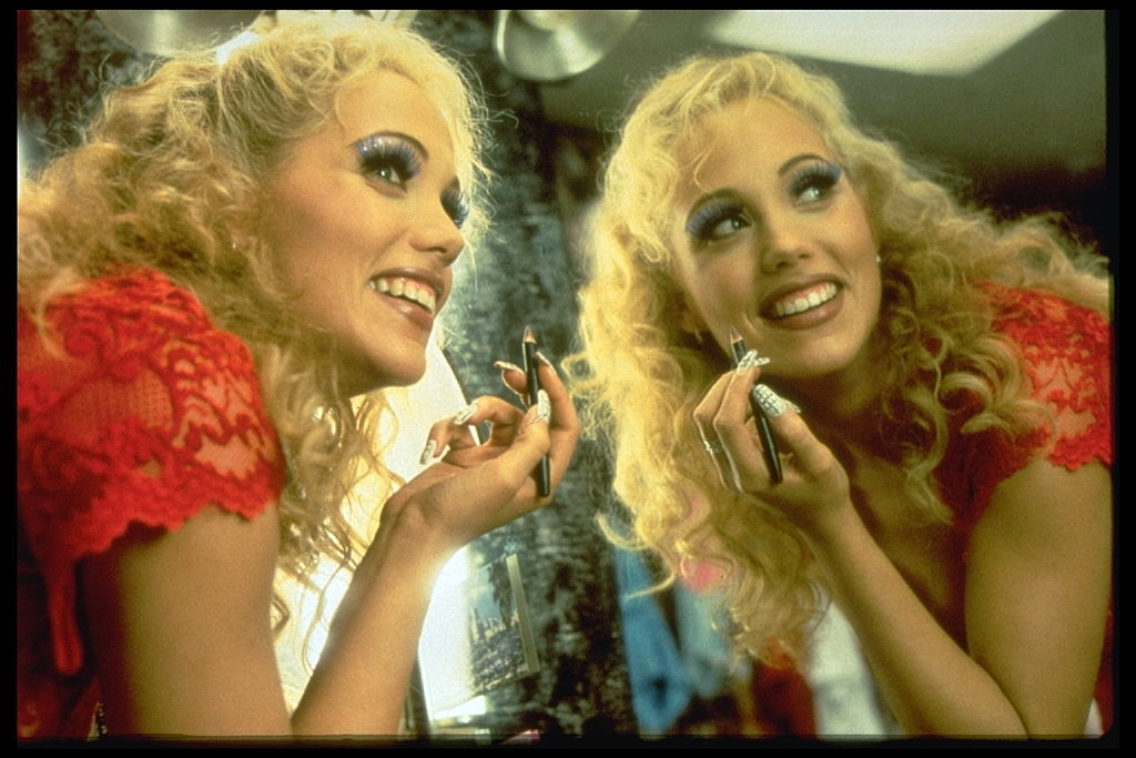 Showgirls: Elizabeth Berkley