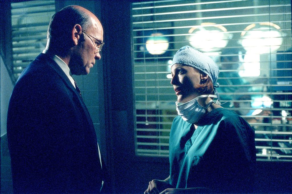 Agents Skinner and Scully on The X-Files