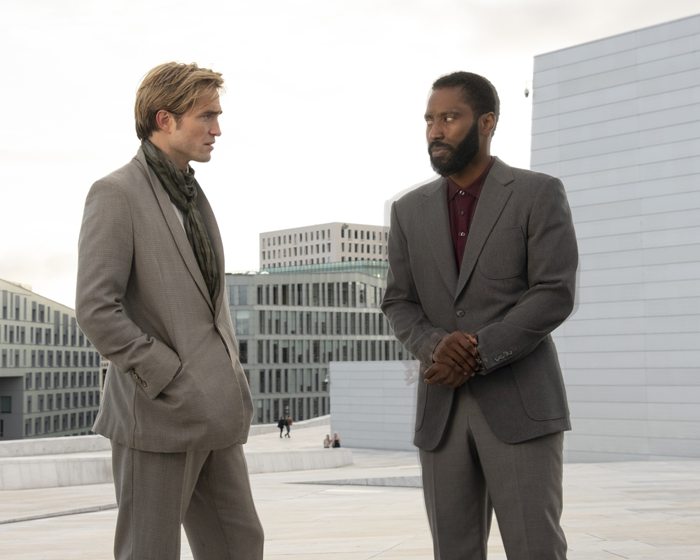 Tenet: Robert Pattinson and John David Washington