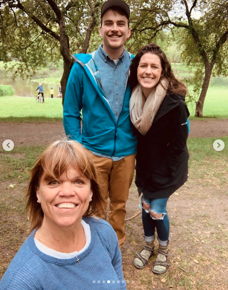 Amy Roloff with her daughter Molly and son-in-law Joel