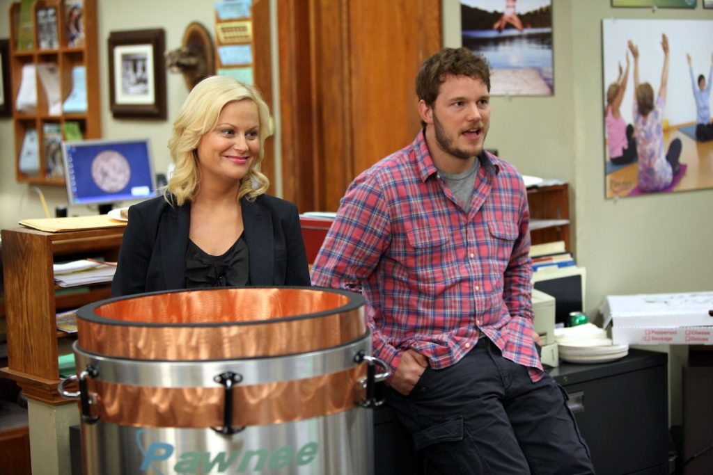 Amy Poehler as Leslie Knope and Chris Pratt as Andy Dwyer on 'Parks and Recreation'