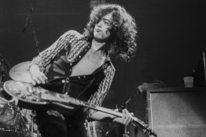 The 'Led Zeppelin III' Track Jimmy Page Brought From His Yardbirds Days