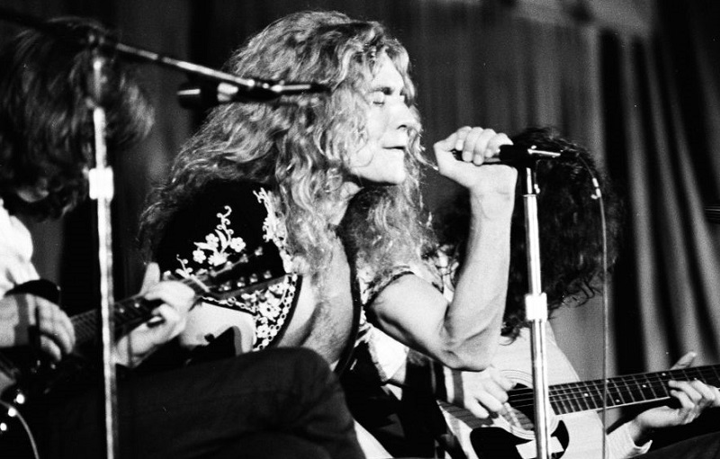 Led Zeppelin onstage in 1971