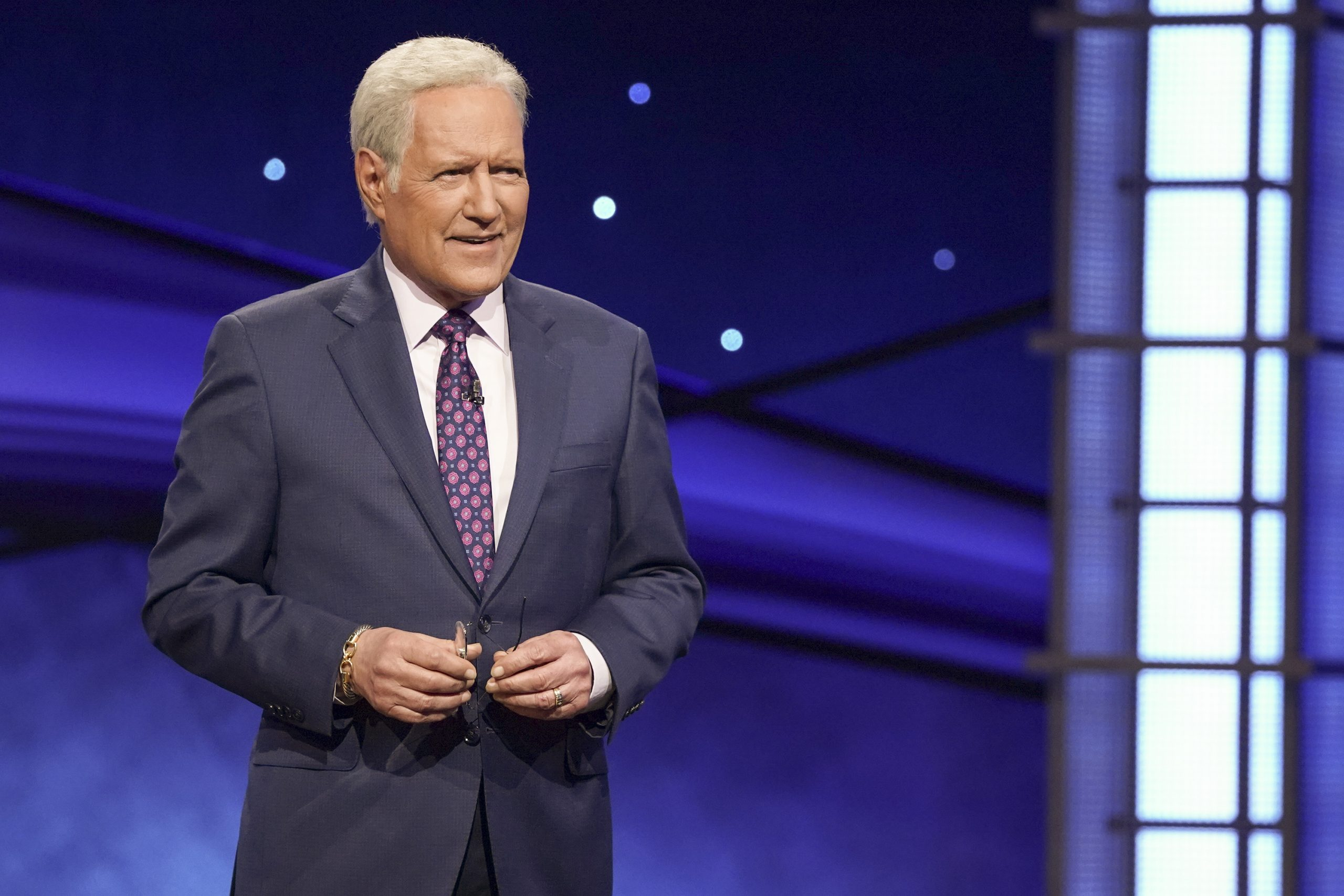 Trebek 'feeling great,' plans for 'Jeopardy!' return in September