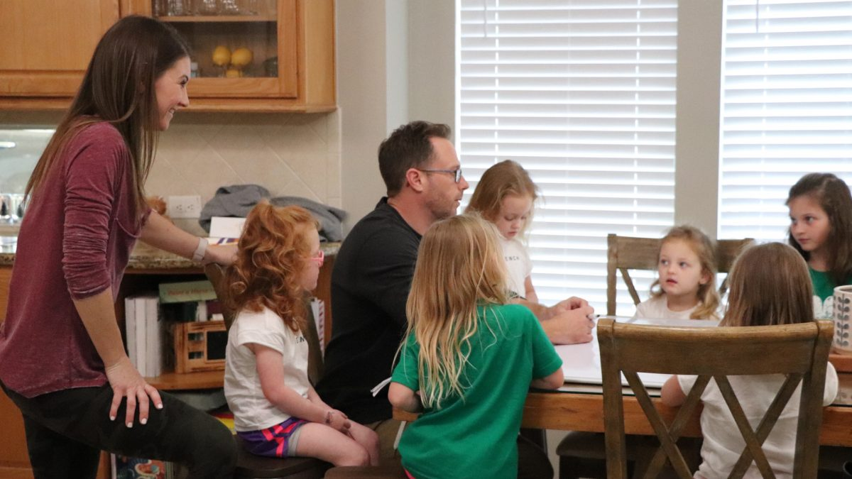 The Busby Family, including Danielle and Adam, on 'OutDaughtered' 2020