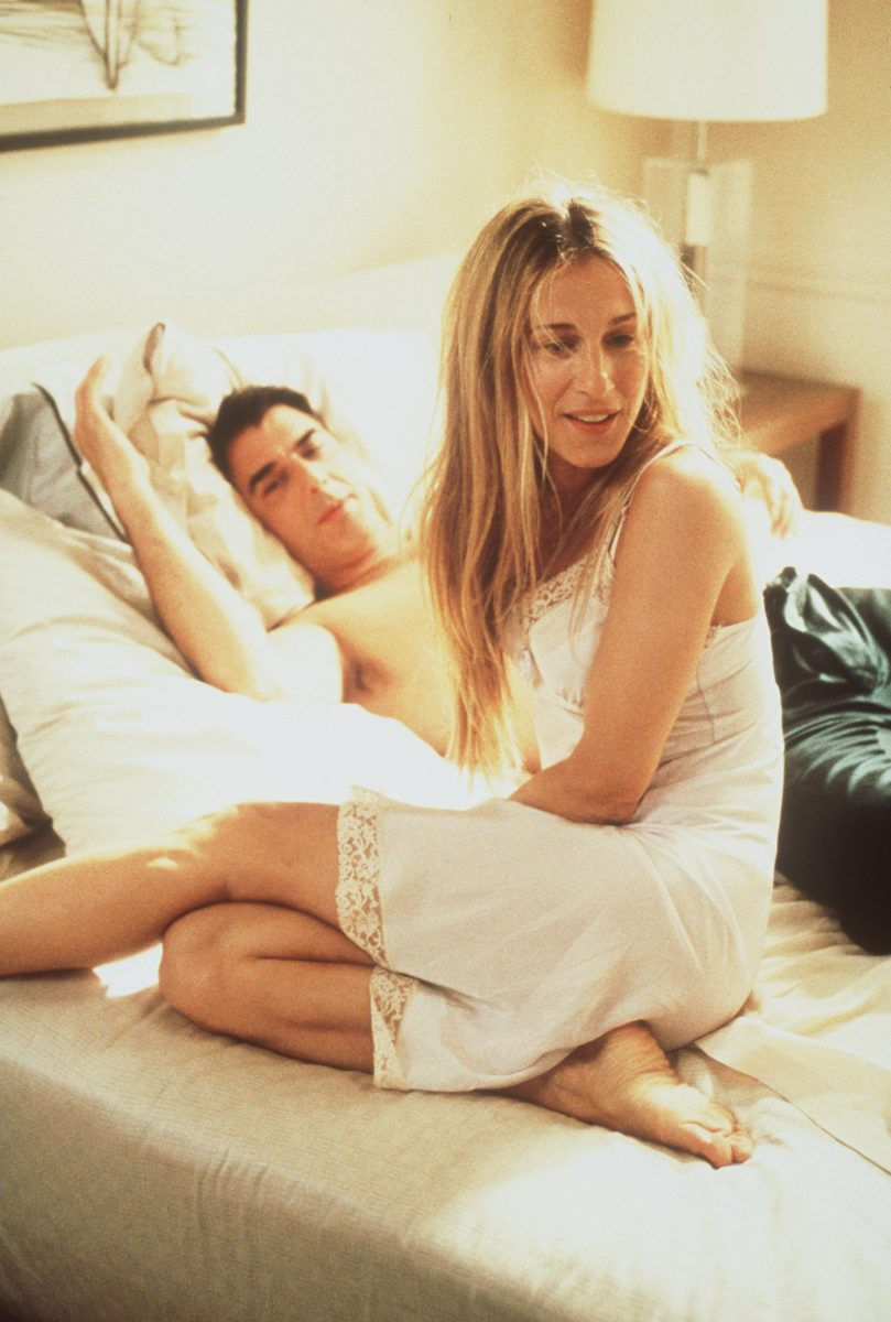 Carrie Bradshaw and Mr. Big appear in season 2 of 'Sex and the City'
