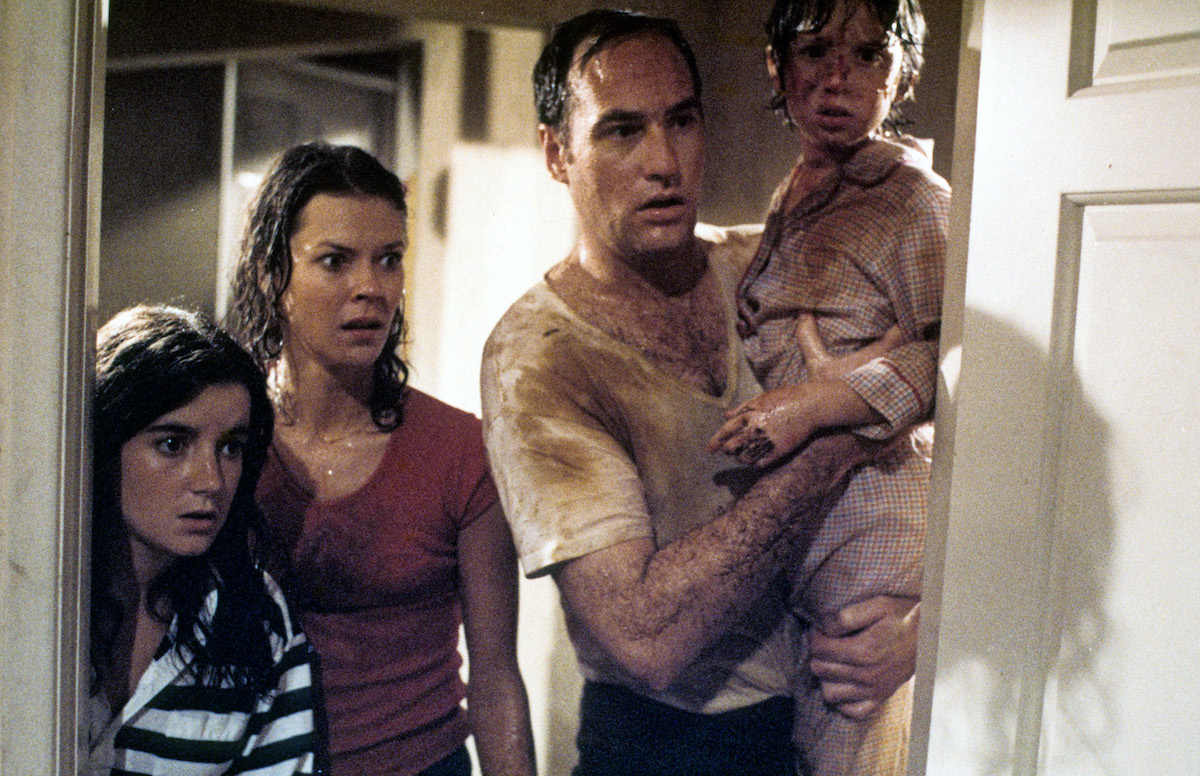 Cast of 'Poltergeist' in a scene from the movie