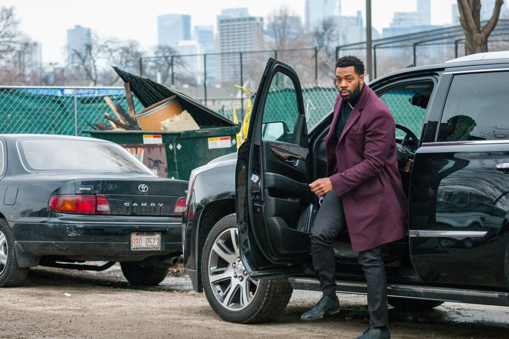 LaRoyce Hawkins as Office Kevin Atwater on 'Chicago P.D.' getting out of a car