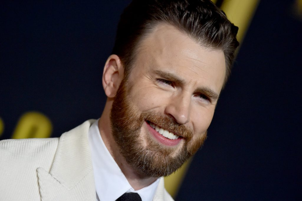 Chris Evans attends the Premiere of Lionsgate's 'Knives Out'