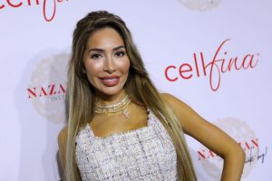 'Teen Mom': Farrah Abraham Says This Photo From a Trip With Her Daughter Had So Many Athletes Sliding in Her DMs
