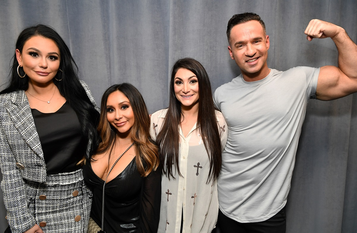 Jersey Shore' Stars Make a Bold Statement About Masks at a Pool Party