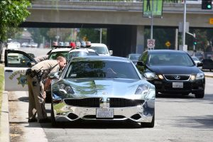 Justin Bieber's Chrome Wrapped Car Is Like Driving a Giant Mirror
